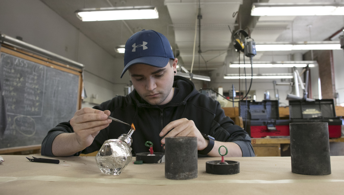 Jewelry/Metalsmithing Student