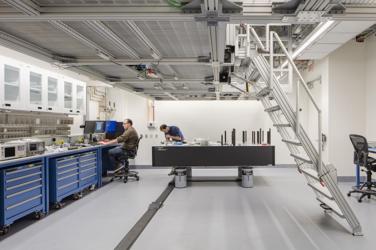 Awschalom Lab