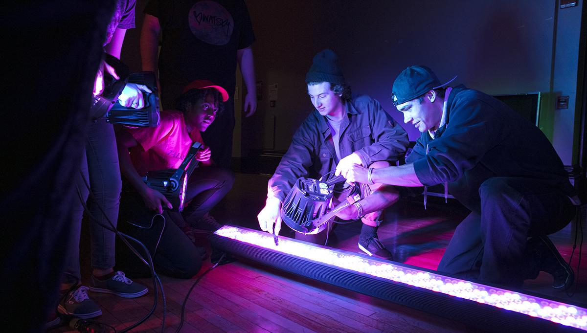 Students from the SIM Despartment using colored lights